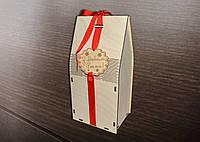 Коробка для конфет с лентой