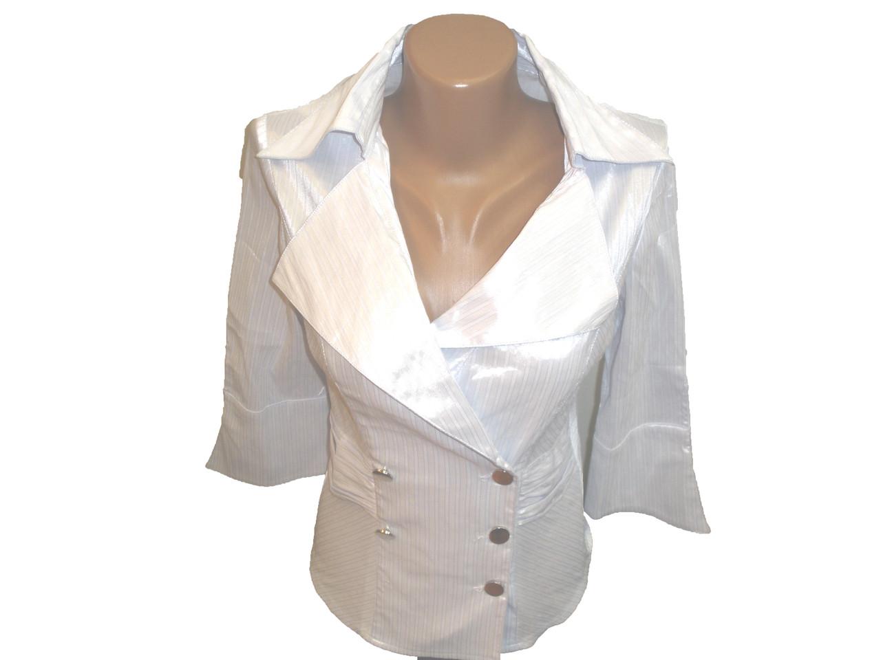 Блуза с отложным вороником