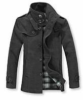 Мужское зимнее пальто. Полуприталенное пальто.