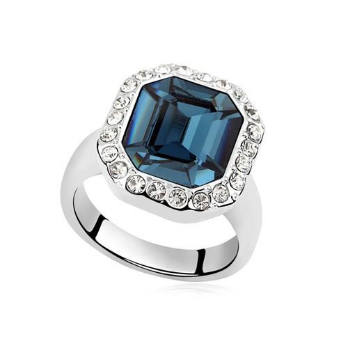 Кольцо с кристаллами Сваровски rs-5