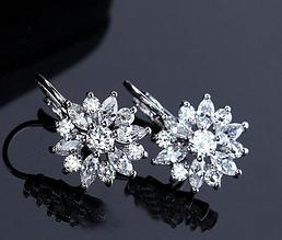 Серьги Swarovski с белыми кристаллами es15
