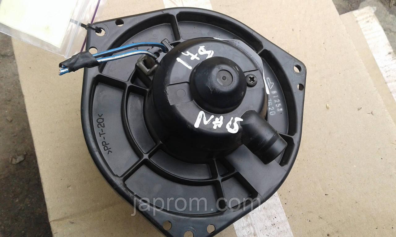 Моторчик печки мотор вентилятора отопителя Nissan Almera N15 1995-2000 г.в.