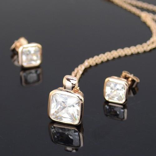 Комплект с кристаллами Сваровски kp26