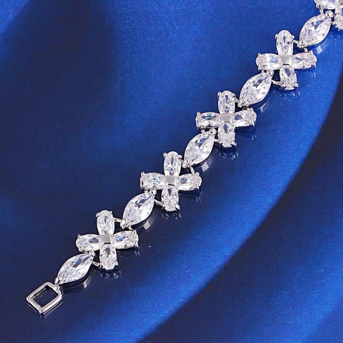 Браслет с кристаллами Swarovski bs35