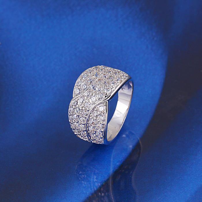 Кольцо с кристаллами Сваровски rs-152