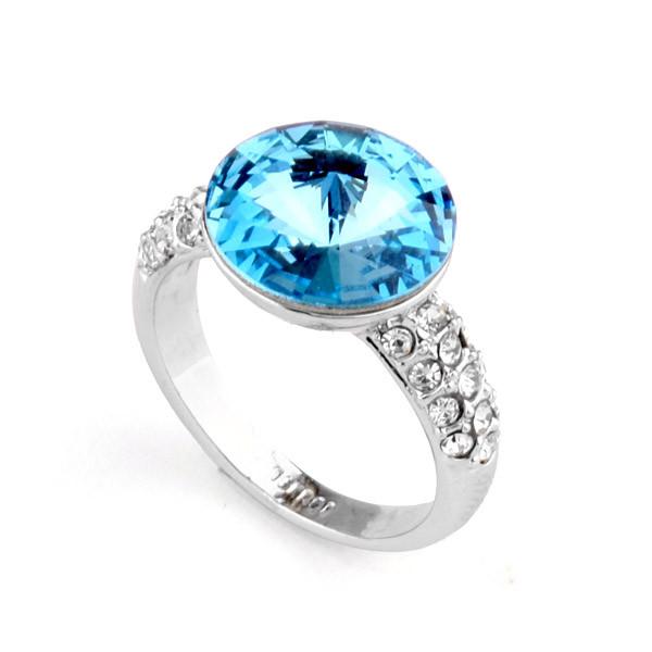 Кольцо с кристаллами Сваровски rs-163