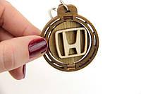 Брелок для ключей деревянный с вращающимся логотипом Honda (Хонда)