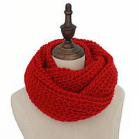 Стильный теплый вязанный женский шарф-хомут снуд красного цвета