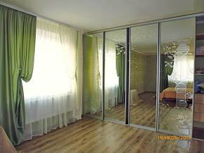 Зеленая штора и тюль на подхвате в зал. Лышня