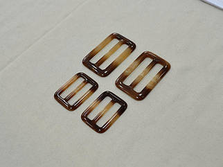 Пряжка коричневая глянцевая арт. 25050, цена за упаковку 50шт.
