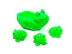 Игрушки для воды Lindo с пищалкой Большая жабка + 3 маленкие