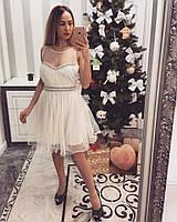 Красивое белое праздничное платье