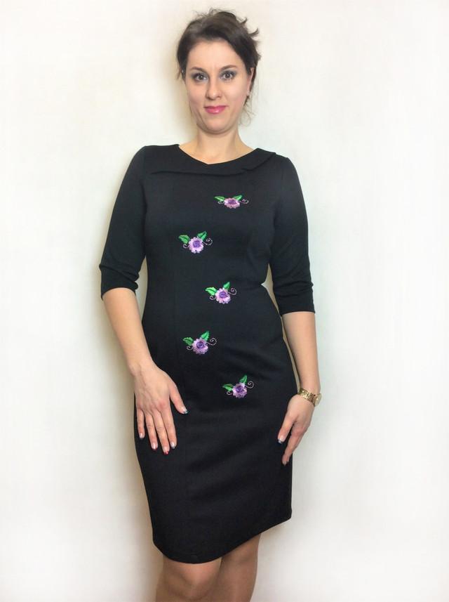 Черное женское платье с вышивкой П191