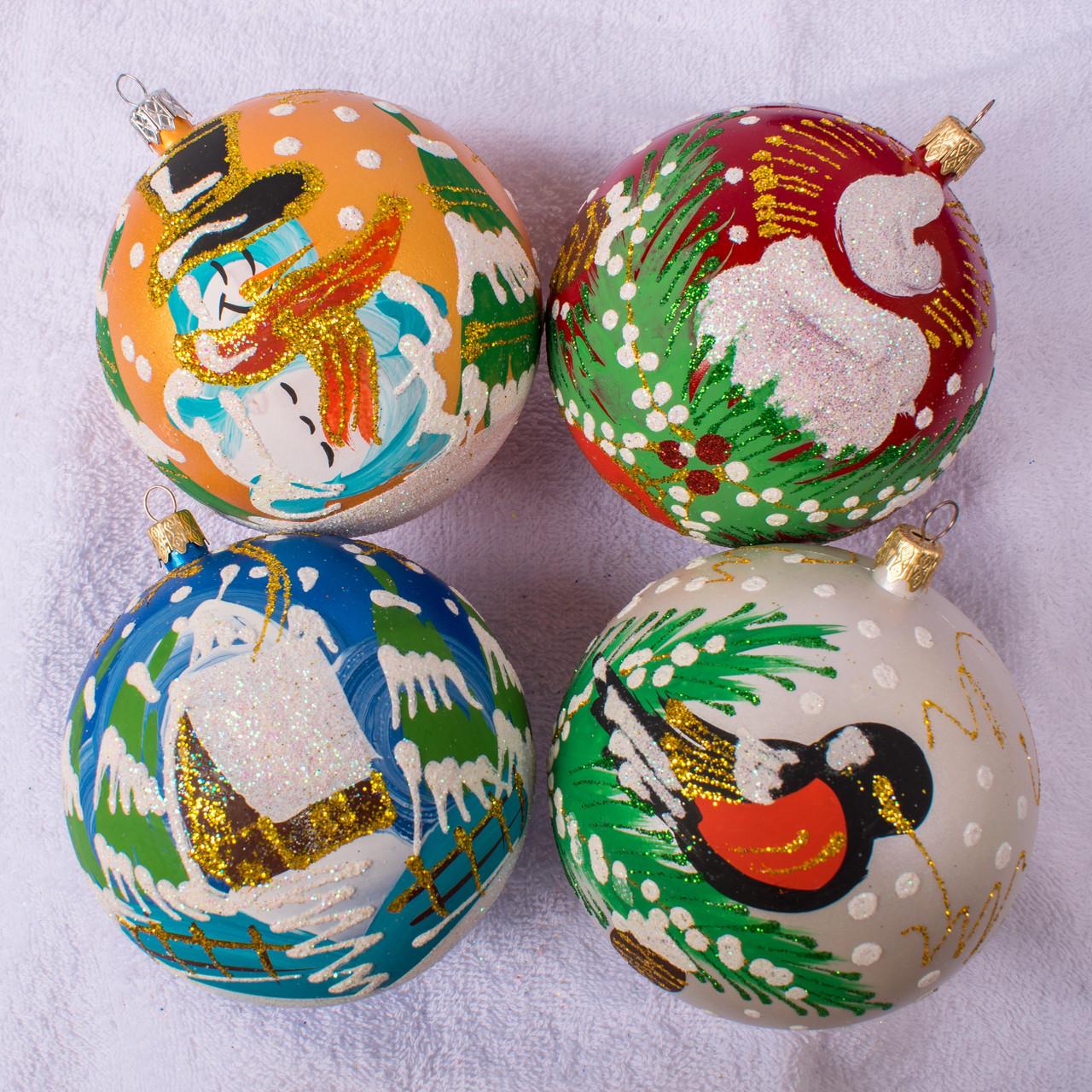 Набор новогодних шаров Handmade 401. В упаковке 4 шара.  Диаметр 100 м