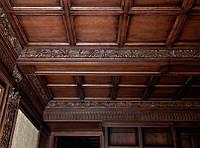 Облицовка деревом потолка