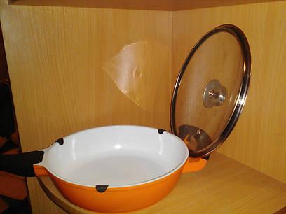 Сковорода керамическая швейцария  диаметр 24см