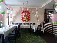 Оформление шарами Дня рождения в кафе