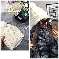 Женская зимняя шапка с жемчугом