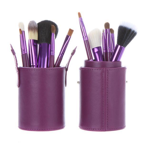 Набор кистей для макияжа в фиолетовом тубе из 12 кистей
