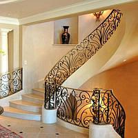 Бетонная полувинтовая лестница