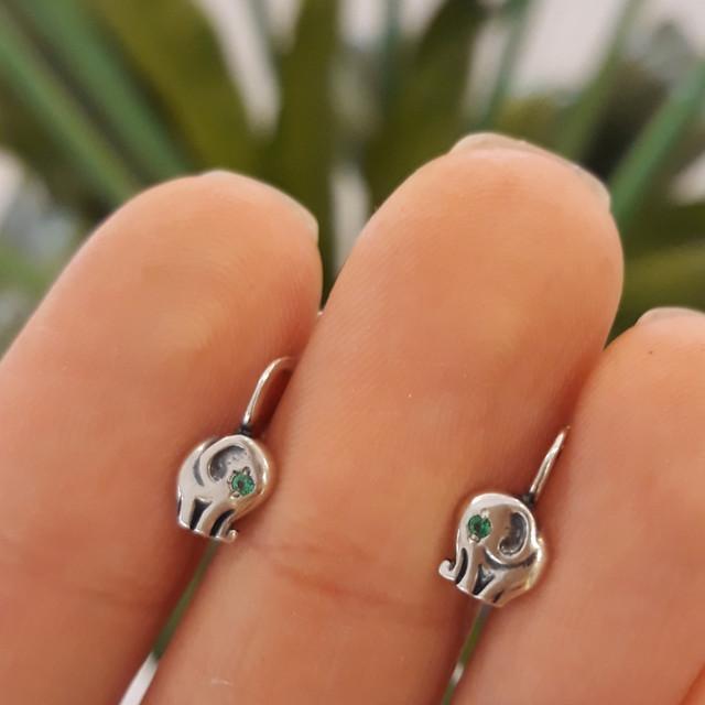 Серебряные детские серьги на петельке Слоник фото