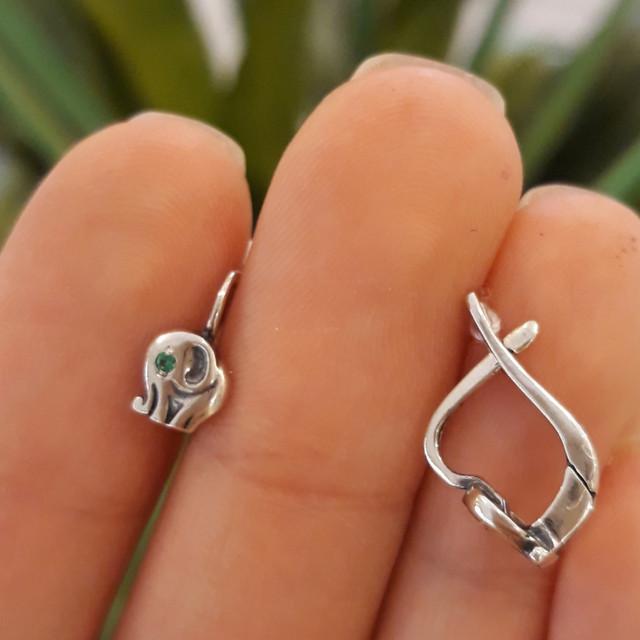 Серебряные детские серьги на петельке Слоник фото 1