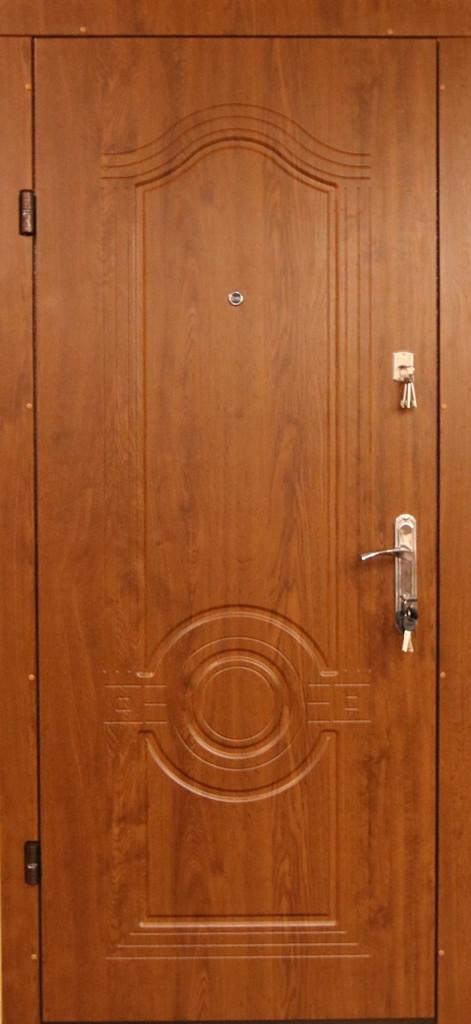 Металлические входные двери в квартиру Редфорт Лондон МДФ