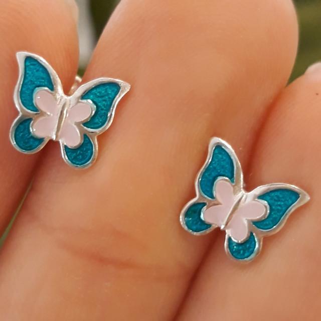 Серебряные серьги для девочки с эмалью Бабочка фото
