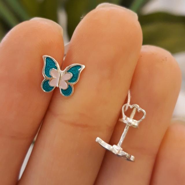Серебряные серьги для девочки с эмалью Бабочка фото 1