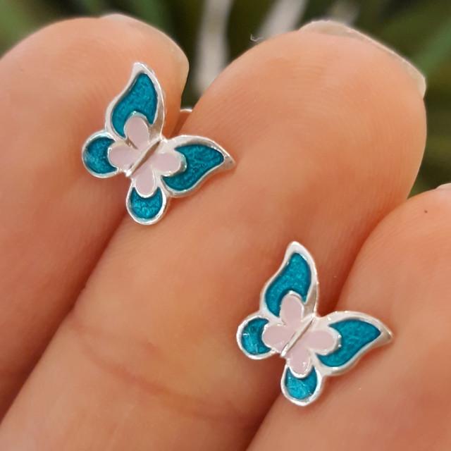 Серебряные серьги для девочки с эмалью Бабочка фото 2