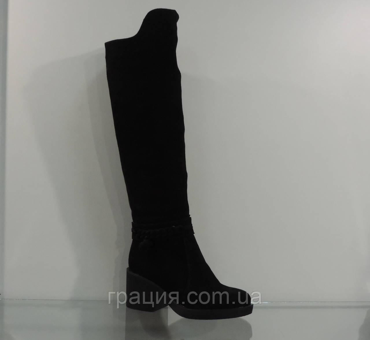 Високі зимові жіночі замшеві чоботи на середньому каблуці на повну ногу