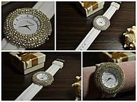 Часы наручные женские белого цвета, белый цвет