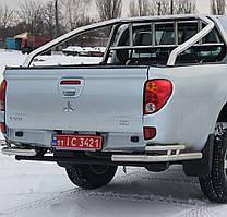 Защита заднего бампера на Mitsubishi L200 (2006-2015)