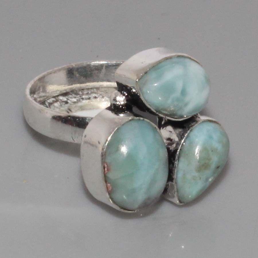 Кільце з трьома ларимарами кільце з натуральним каменем ларимар (Домінікана)в сріблі.17,5 розмір.