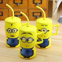 """Чашка """"Миньон"""" с ложкой-трубочкой и крышкой (450 мл) керамика"""