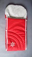 Меховой конверт в коляску красного цвета Снежинка