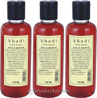 Травяной шампунь Мед и миндаль 210мл, Кхади Herbal shampoo Honey Almond 210ml Khadi