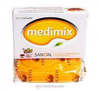 Аюрведическое мыло Медимикс с маслом сандалового дерева и маслом Элади 125 г Sandalwood Soap Medimix