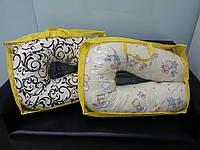 Подушка для кормления и беременных в сумочке Холлофайбер