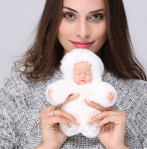 Меховой брелок на сумку Куколка (большой) 19 см, белый. Натуральный мех