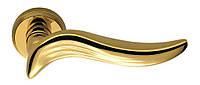 Ручка дверная на розетке Colombo Piuma AR 11 полированная латунь (Италия)
