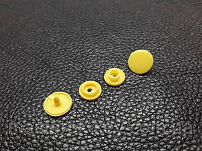 Кнопка пластиковая Т-3 d10,4 мм цвет желтый