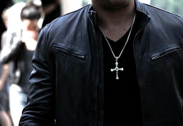 Крест Вин Дизеля (Доминик Торетто) + цепочка в подарок!!!