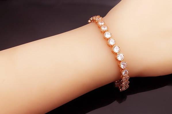 Браслет с кристаллами стразами Сваровски (Swarovski) с белыми камнями bs104, фото 2