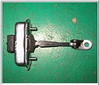 Ограничитель двери передней левой SsangYong Rexton 7288008002, фото 1