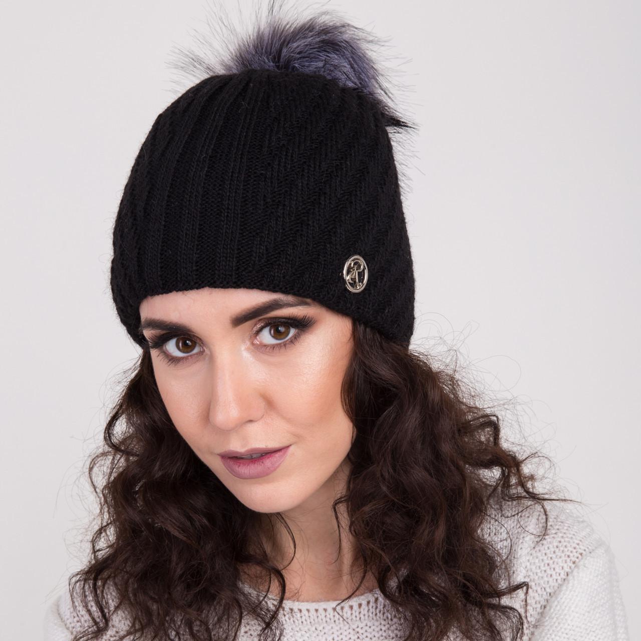 Женская вязанная шапка с меховым помпоном - зима 2018 - Арт 2148 (черный)