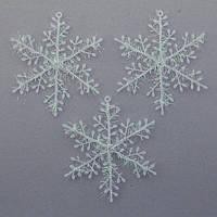 Снежинка пластиковая одинарная 16 см.