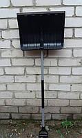 Лопата для уборки снега MAAN черная (с металлическим черенком)