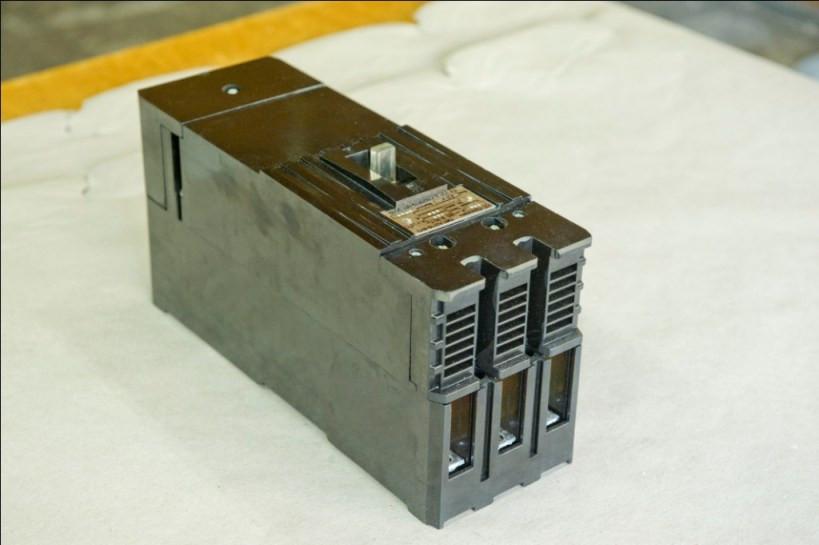 Автоматический выключатель А 3726 Ф 250А