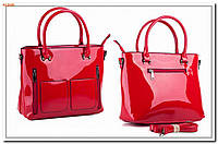 Женская лаковая сумка
